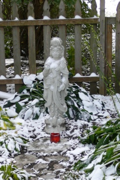 Kuan Yin and Spring Snow